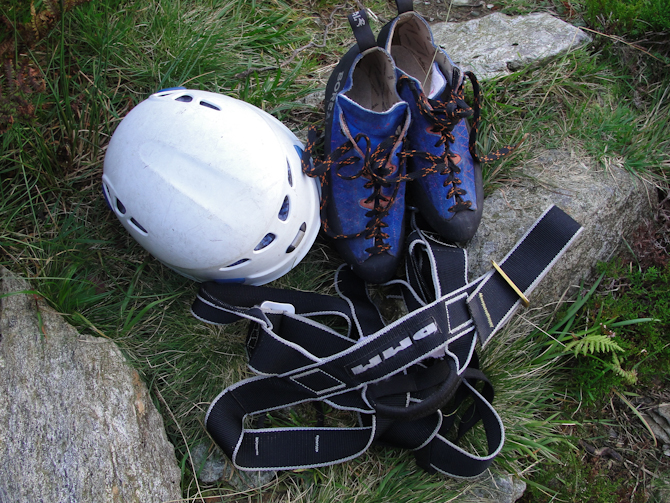 rock-climbing-trips-uk-portland-tunbridge-wells 99